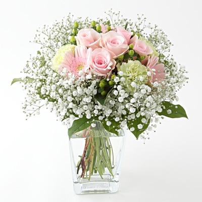 【ネット限定】かすみ草とバラとガーベラのブーケ ピンク