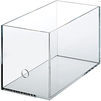 重なるアクリルCDボックス