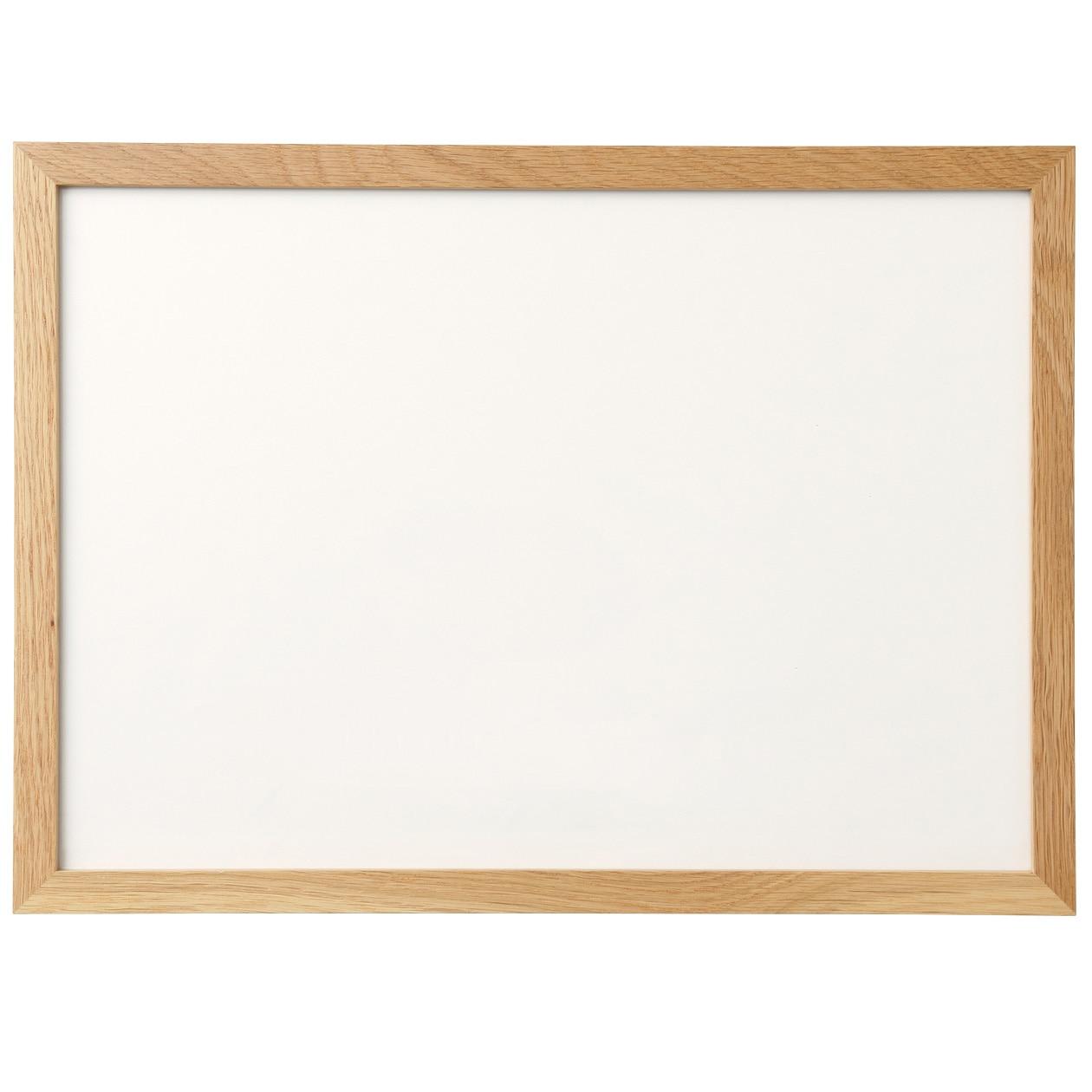 壁に付けられるフレーム・A3サイズ用・オーク材の写真