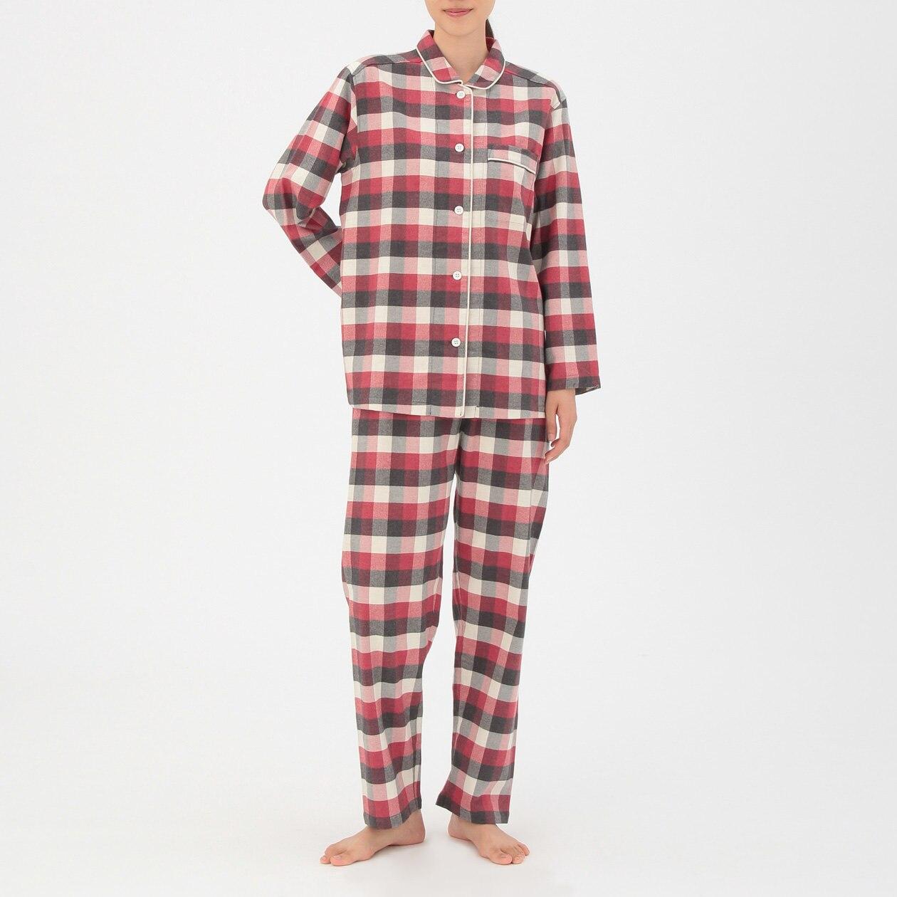 脇に縫い目のないフランネルパジャマ