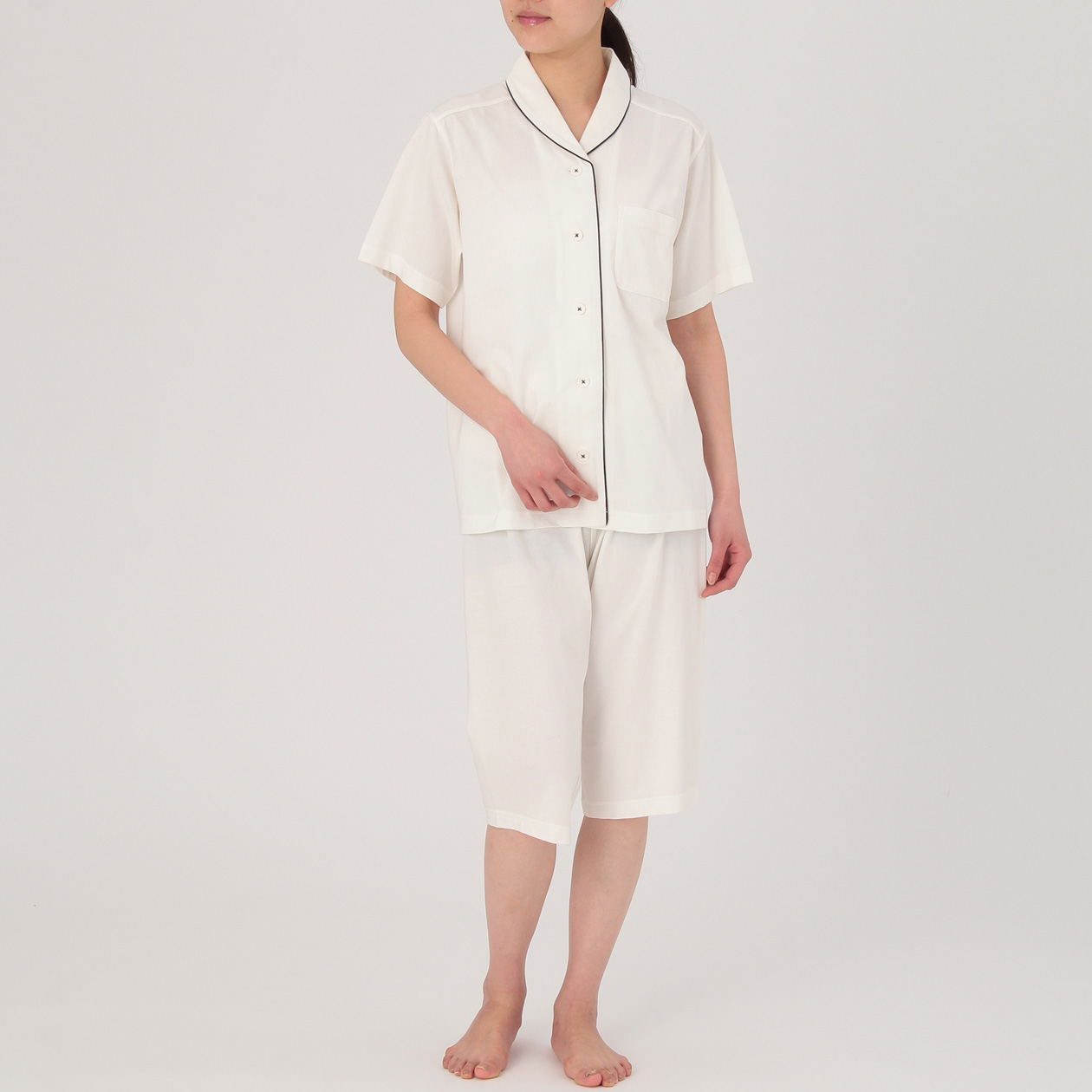脇に縫い目のない天竺半袖パジャマ