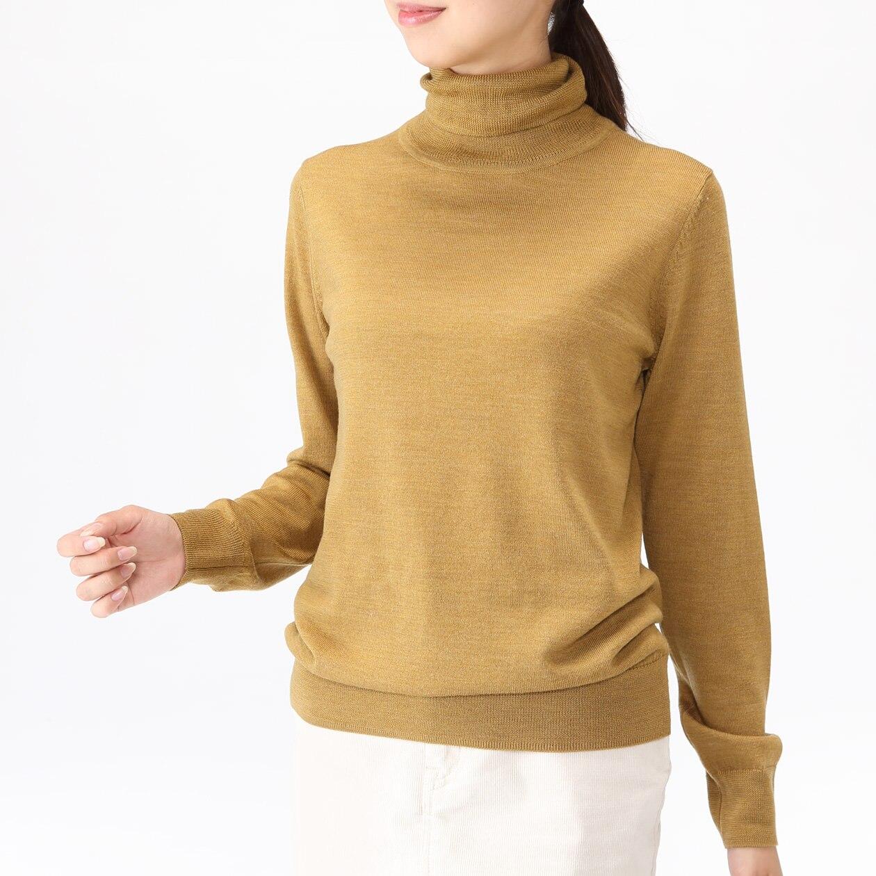 首のチクチクをおさえた 洗える天竺編みタートルネックセーター