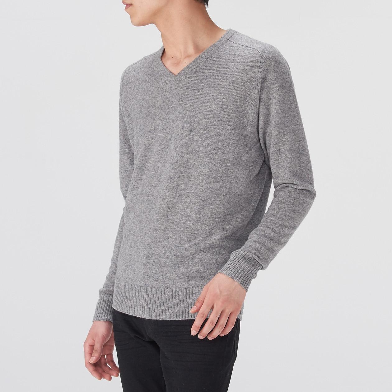 ヤクウールVネックセーター