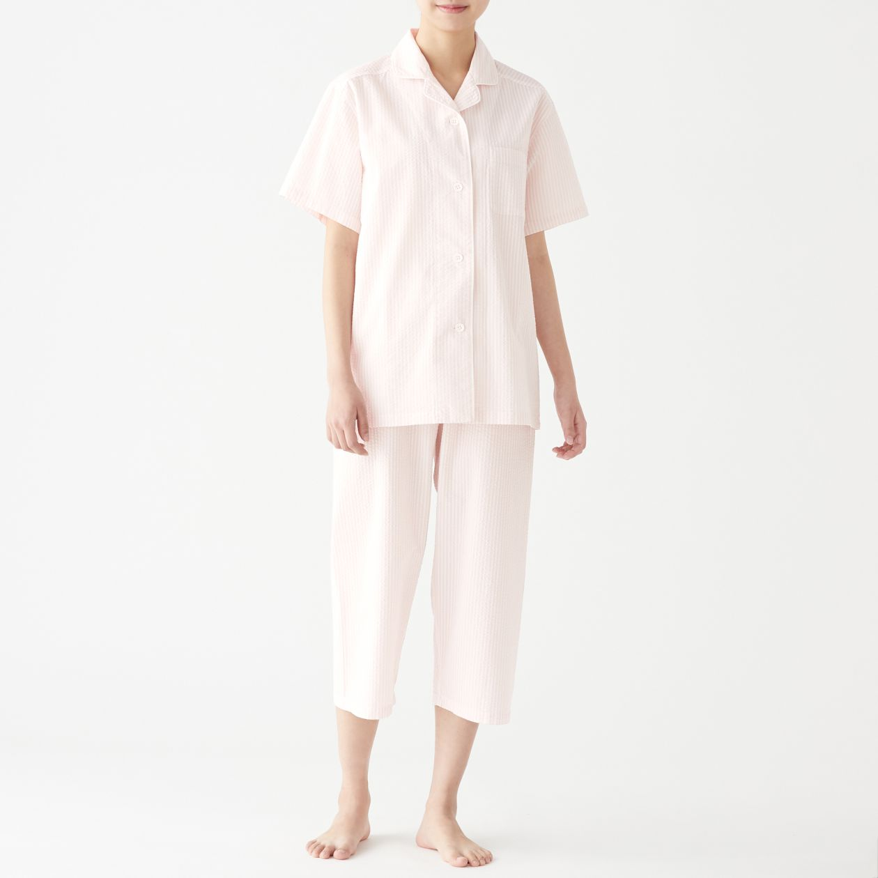 脇に縫い目のない サッカー織り半袖パジャマ