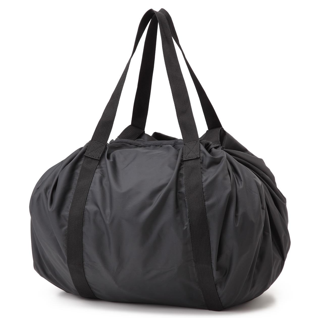 絞るだけで包めるポケッタブルバッグ