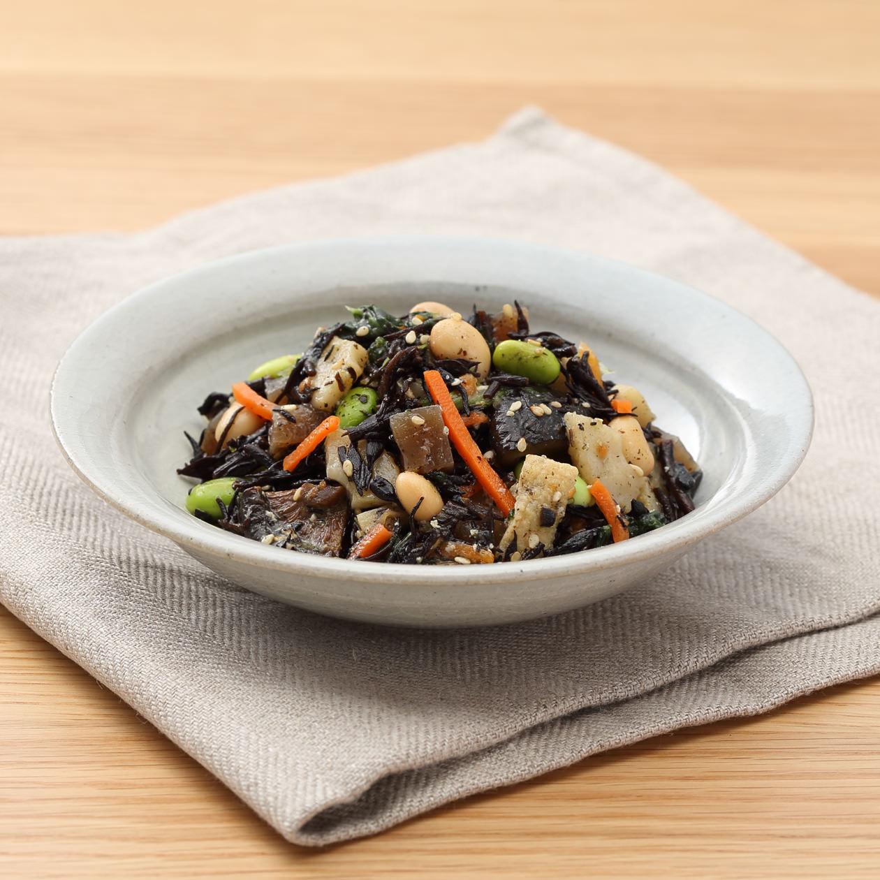 彩り野菜とひじきの煮物