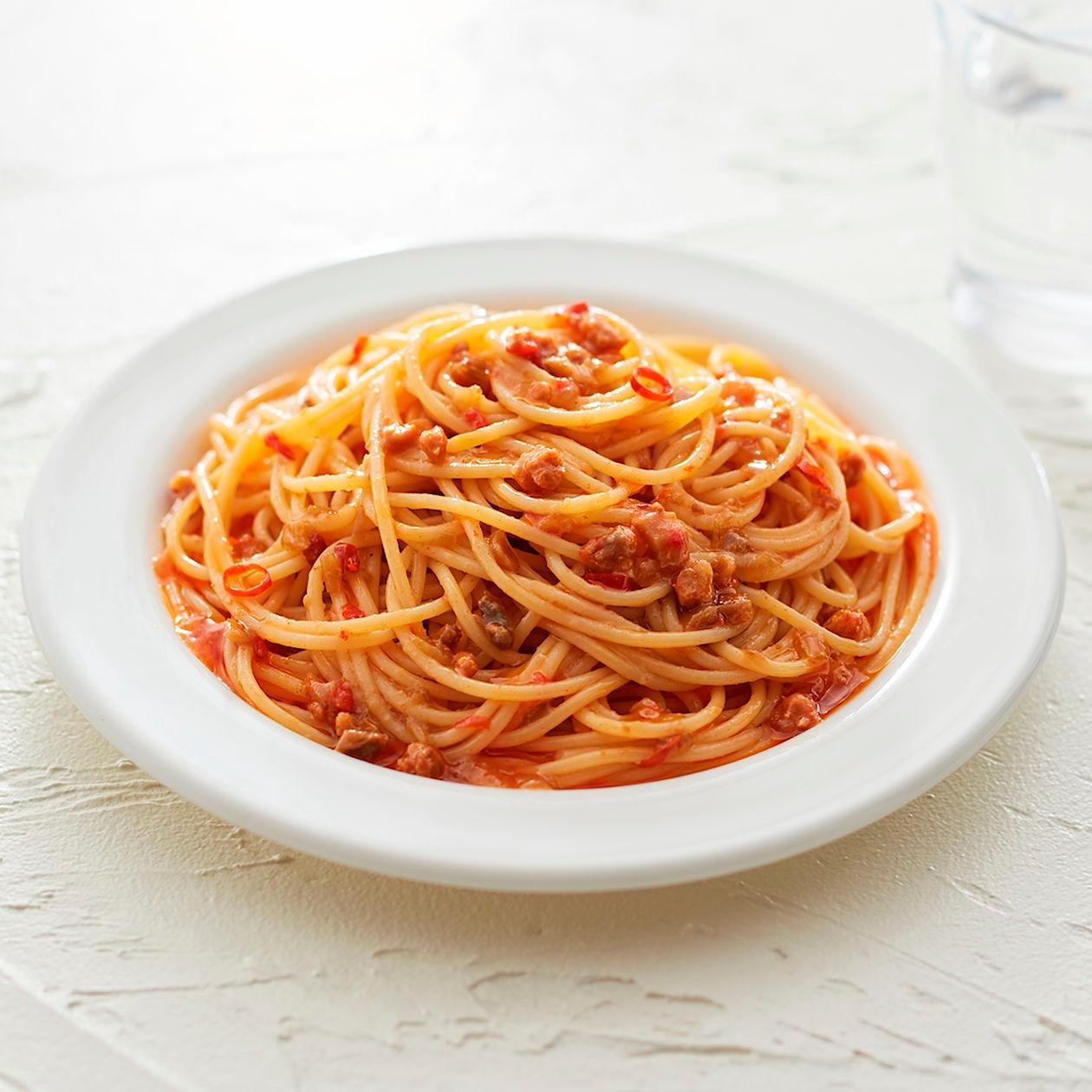 素材を生かしたパスタソース 海老と香味野菜のペペロンチーノ