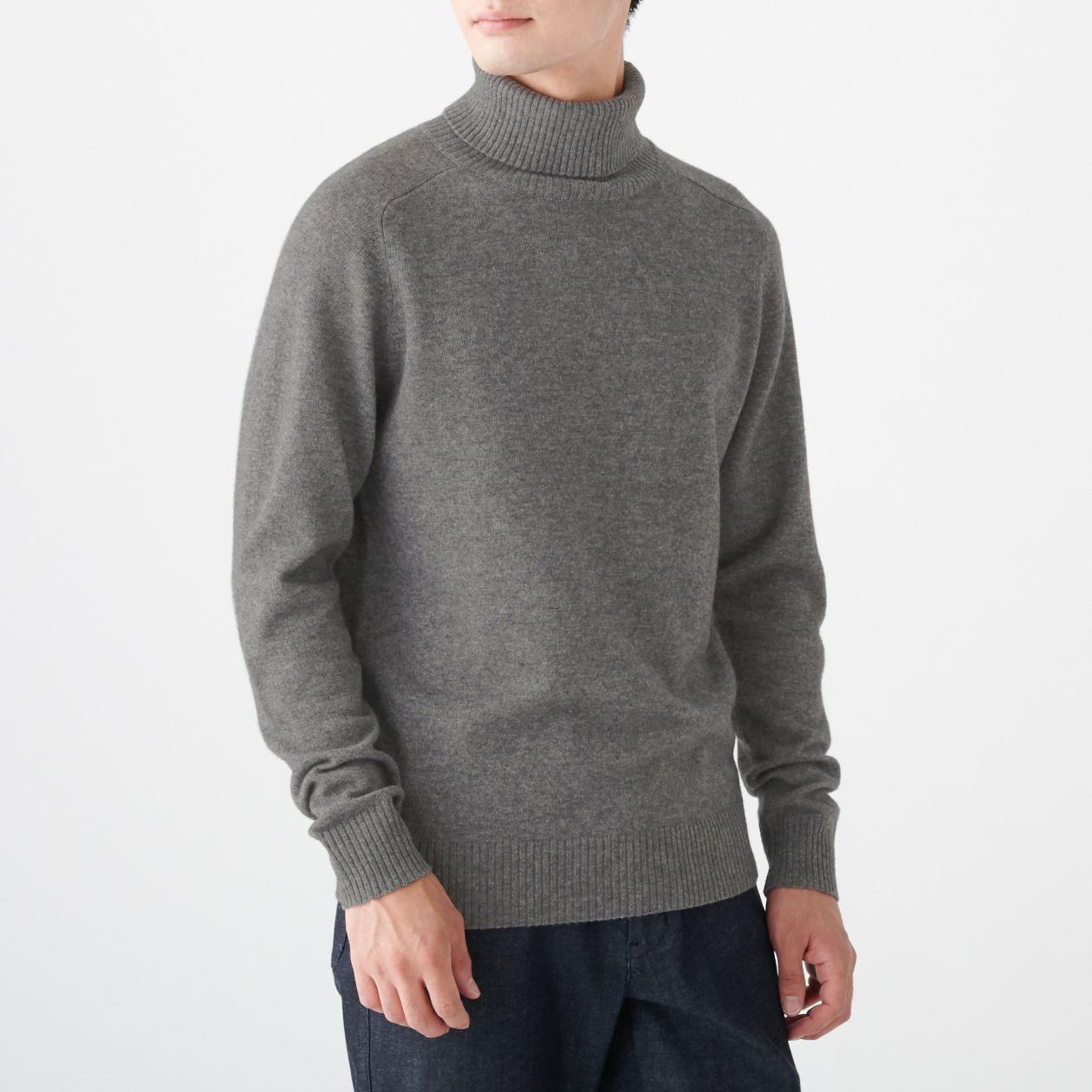 ヤク混ウールタートルネックセーター