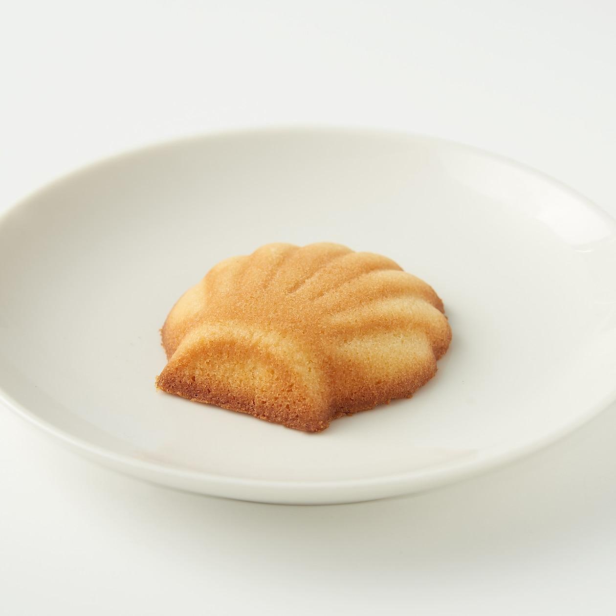 糖質10g以下のお菓子 マドレーヌ