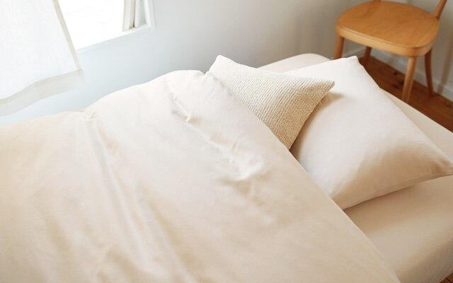 無印良品とベッドと脚付きマットレスのインテリア実例